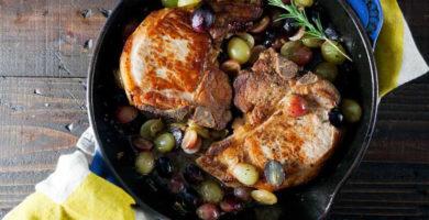 Cerdo asado con castanas y uvas