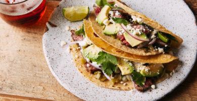 Tacos de lomo adobado